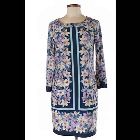 BCBGMaxAzria Dresses & Skirts - BCBGMaxazria 3/4 Sleeve Dress